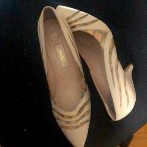Vintage White Leather Low Heels